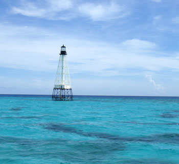 018-03-22-tropic-scuba-photo-img-cc-20-by-noaa-photo-library-line5657-alligator-reef-lighthouse-9719572676_d860f5f235_o-full-crop-small-350x321px.jpg